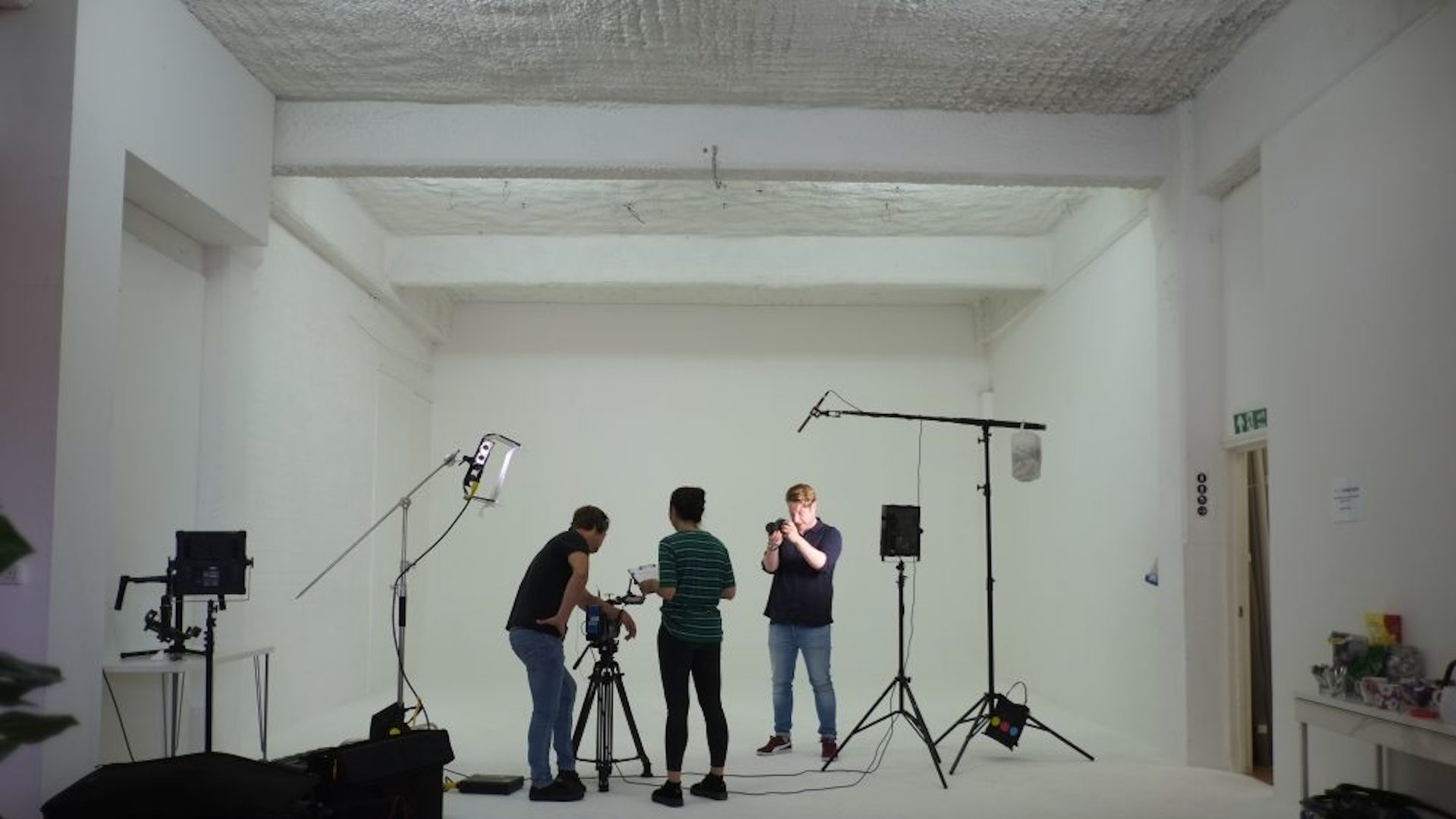 Benefits of Partnering with a Video Content agency